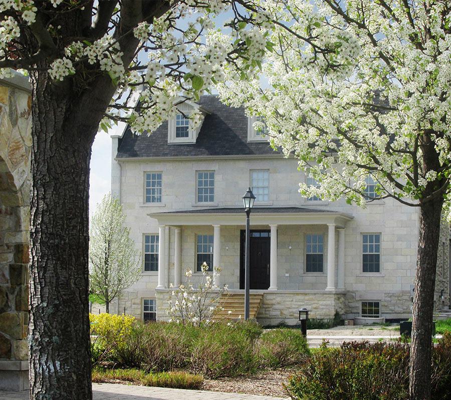 New Amherst Village Homes